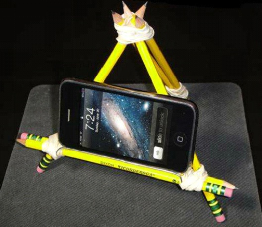 Pencil Stand-Best DIY Phone Accessories