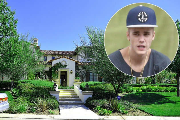 He attacked his neighbor-Reasons Why Justin Bieber Is A Douchebag