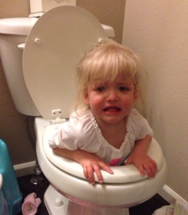 They Always Put Themselves in Risk-15 Images That Show What Parenting Is Really Like