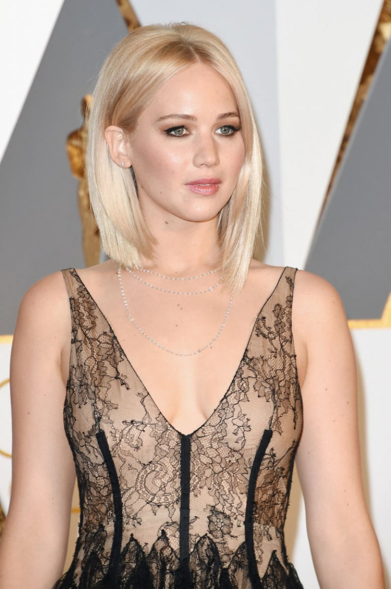 Jennifer Lawrence-12 Celebrities Who Don't Use Twitter At All
