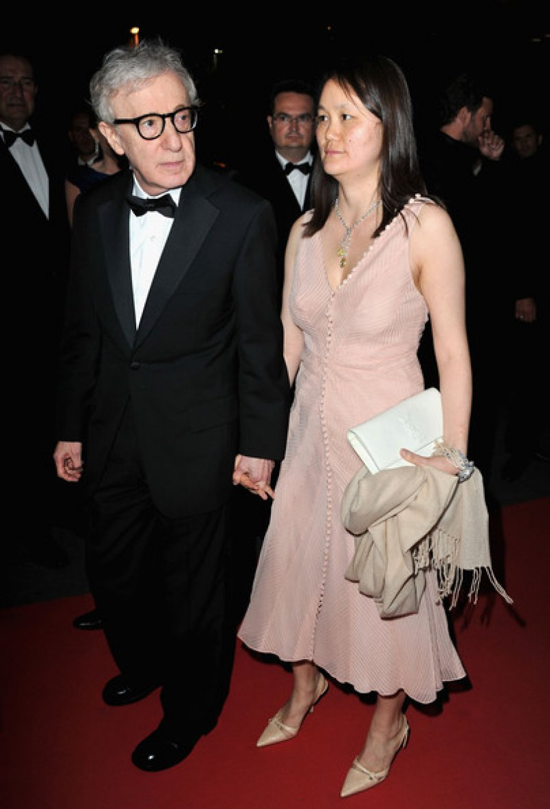 Woody Allen & Soon-Yi Previn-15 Celebrity Couples With Unbelievably Big Age Gaps