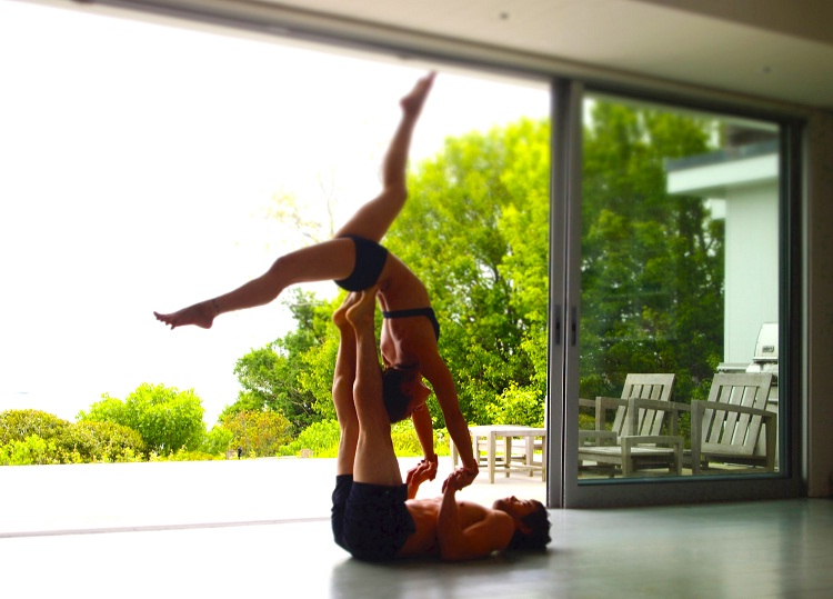 Gaining Physical Trust-Amazing Couple Workouts