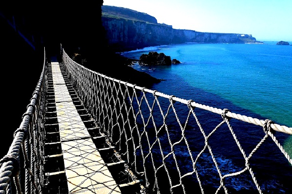 Carrick-a-Rede Bridge - Northern Ireland-Most Extreme Bridges Around The World