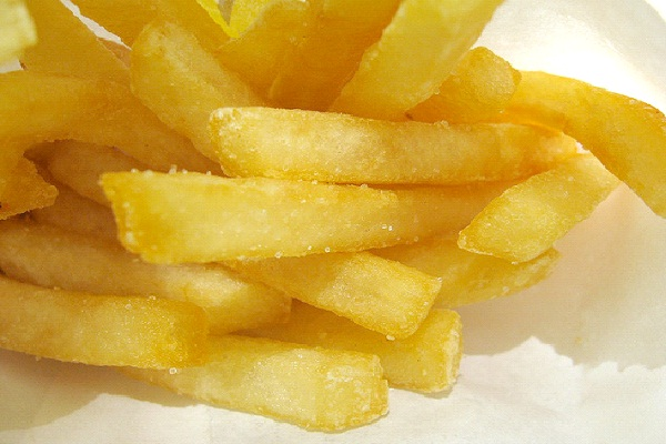 Fries fried in Beef Extract Flavored Oil-Reasons Why You Should Not Eat At McDonalds