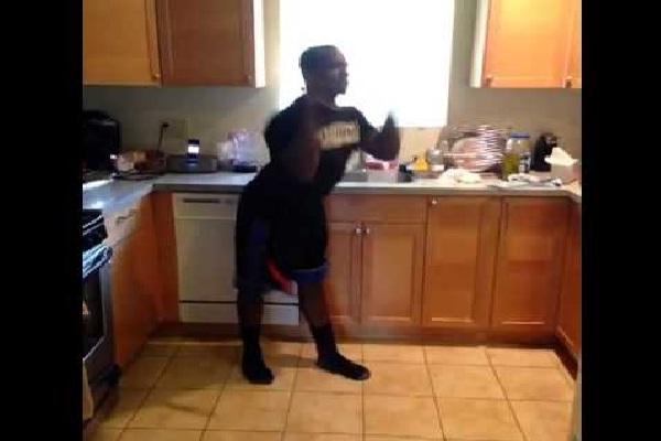 White girls in a club-Funniest Vines Videos