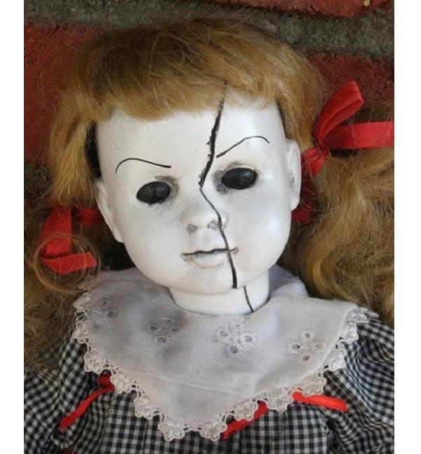 Polly Anna-Creepiest Dolls Ever