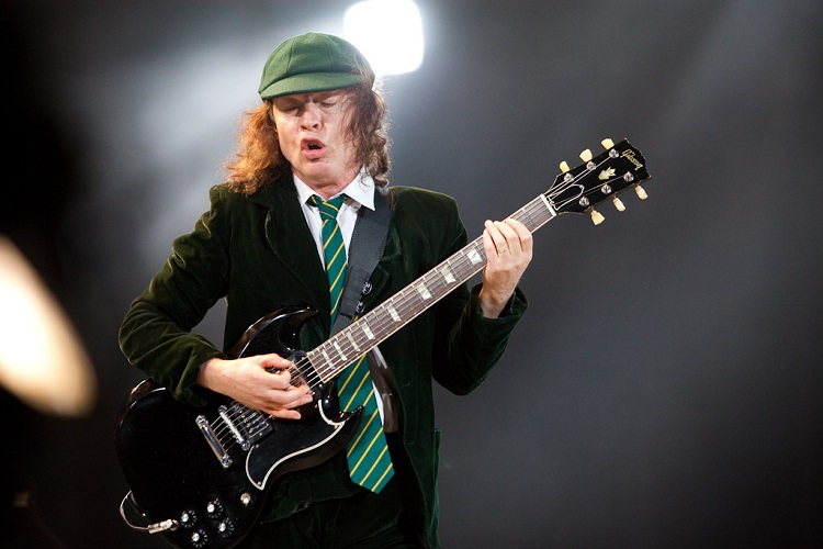 Angus Young-Shortest Musicians Ever
