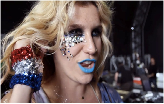 Ke$ha's Glitter Obsession-Facts About Ke$ha