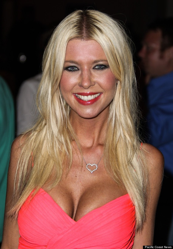 Tara Reid-24 Celebrities Who Had Breast Implants