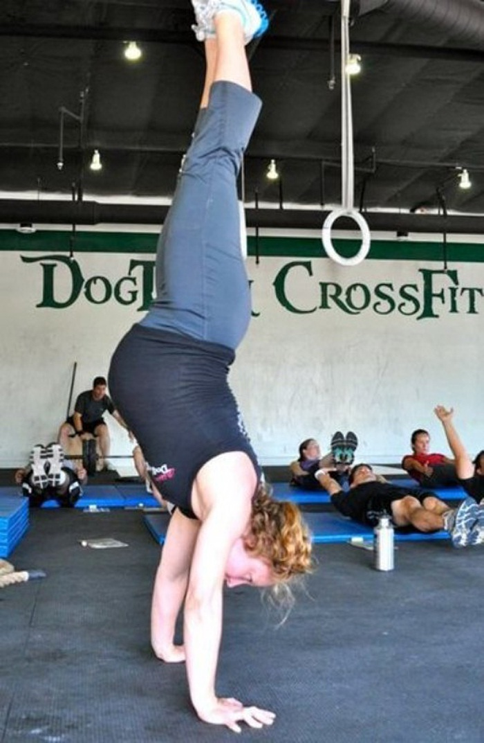 Handstands??-Pregnant Women Taking Fitness Too Seriously
