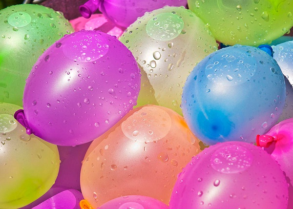 Water balloons-Fun Things To Do When You Are Bored