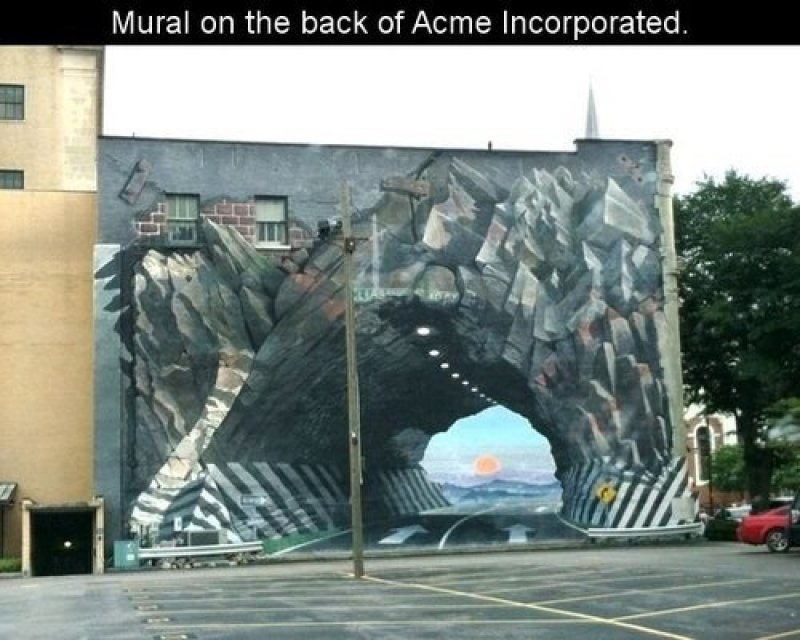This Mural on the Back of an Office-15 Terrible Accidents Waiting To Happen