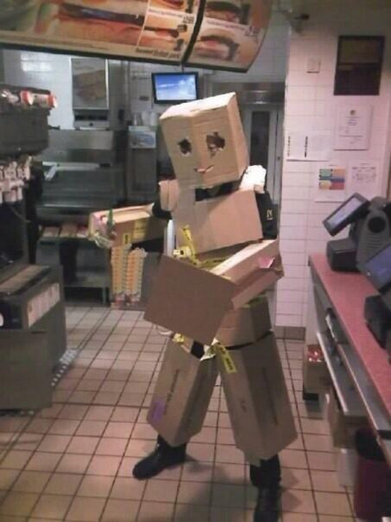They Have Fun at Work-15 McDonald's Secrets Their Employees Are Hiding From You