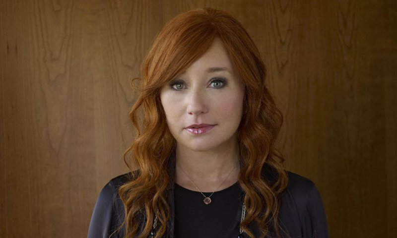 Tori Amos-12 Celebrities You Didn't Know Are Rape Victims