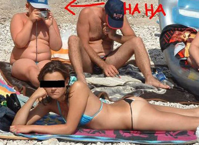Let Me Zoom in a little more-15 Most Embarrassing Photos Ever Taken At Beach