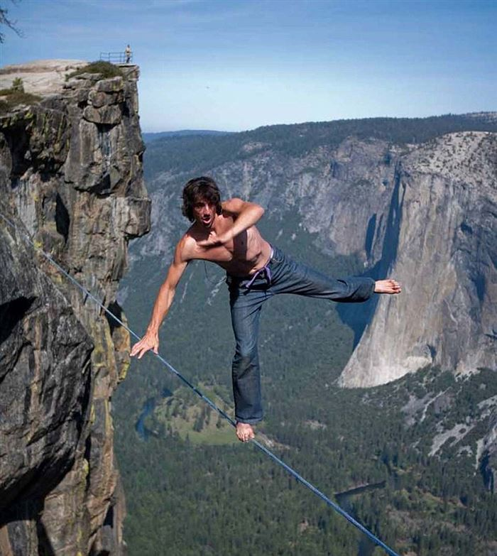 Meet Daredevil Dean Potter-15 Images That Are Hard To Believe But Are Actually Real
