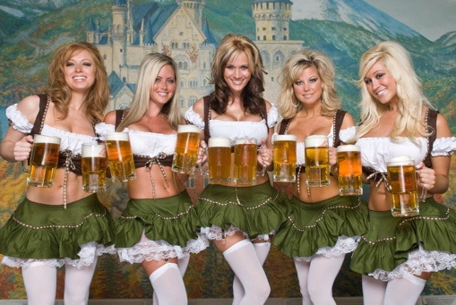 "Life could be perfect-Best ""Girls With Beer"" Photos"