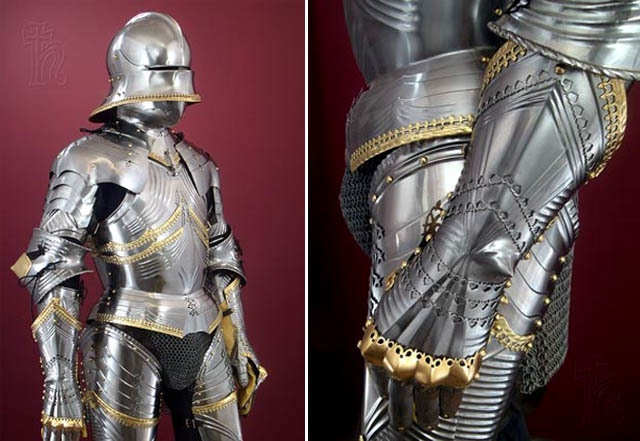 Suit of armor-Most Amazing Things Ever Found In Abandoned Luggage