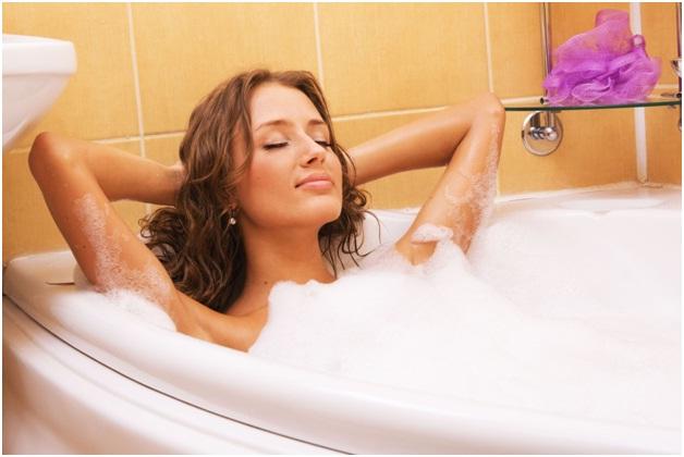 Indulge in Hot Baths-Best Ways To Stay Warm This Winter
