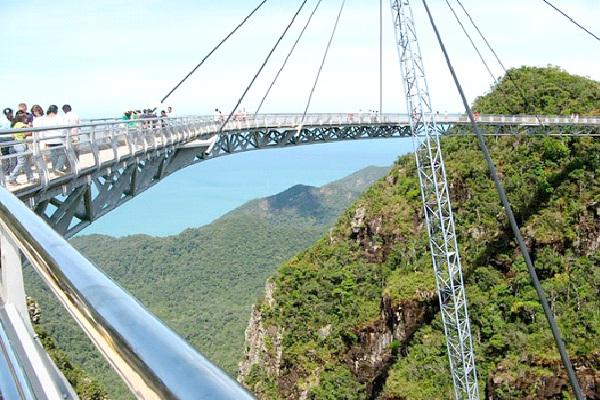 Langkawi Sky Bridge - Malaysia-Most Extreme Bridges Around The World