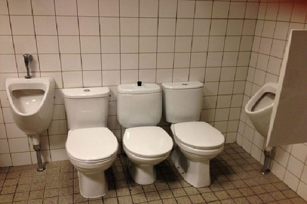 Group Hug-Hilarious Toilet Fails