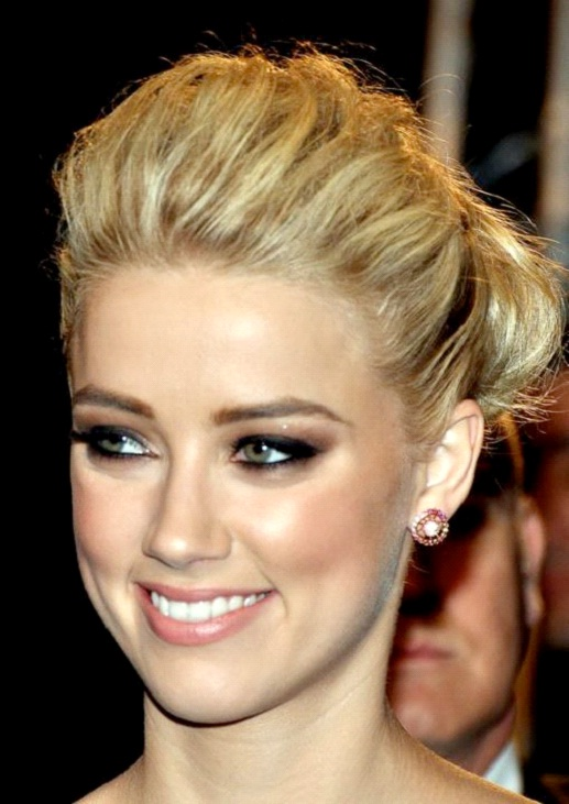 Amber Heard-Hottest Celebrities Who Are Lesbians