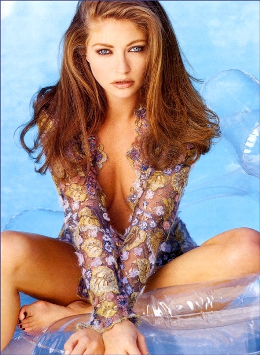 Rebecca Gayheart-12 Celebrities Who Have Committed Murder