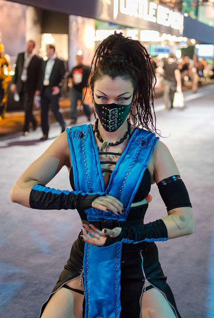 Mortal kombat girl costumes