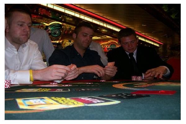 Men-Insane Fact About Gambling