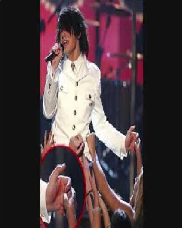 Joe Jonas-Hilarious Concert Fails Ever