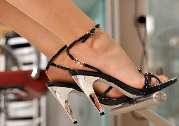 High Heels-Top Turn Ons For Men