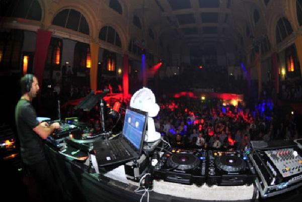 Fabric-Hottest Nightclubs Around The World