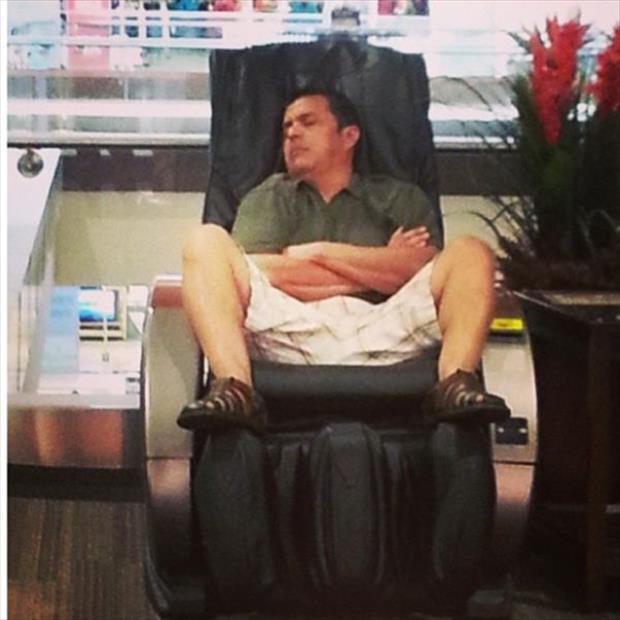 Perhaps Malls Cure Insomnia?-12 Funny