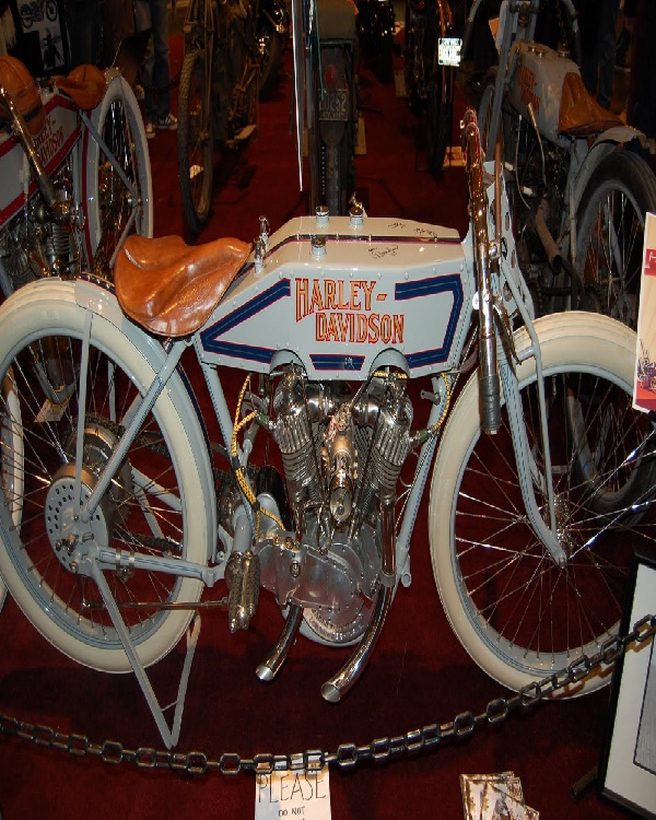 Historical motorcycle-Amazing Motorcycles