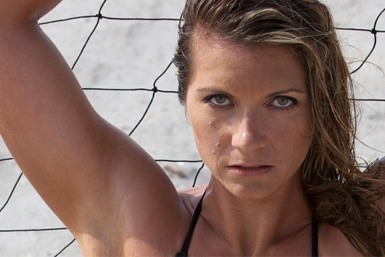 Misty May Treanor-24 Hottest Baseball Players' Wives