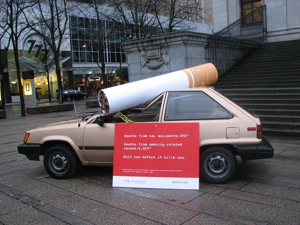 Out-sized Cigarettes-Creative Oversized Object Ads