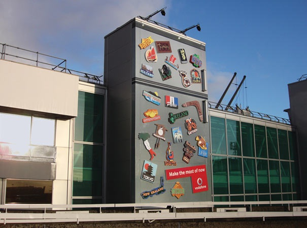 A big refrigerator-Creative Ads On Buildings