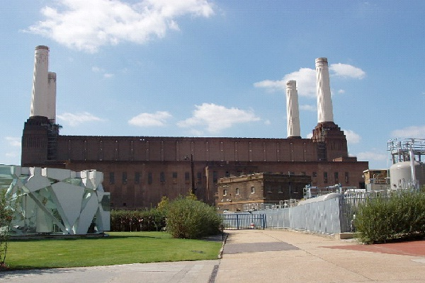Battersea Power Station - England-Amazing Abandoned Mega Structures