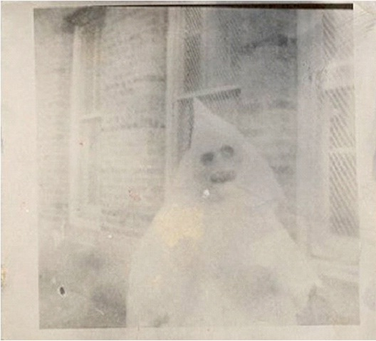 Ghastly Ghost-Most Terrifying Vintage Halloween Costumes Ever