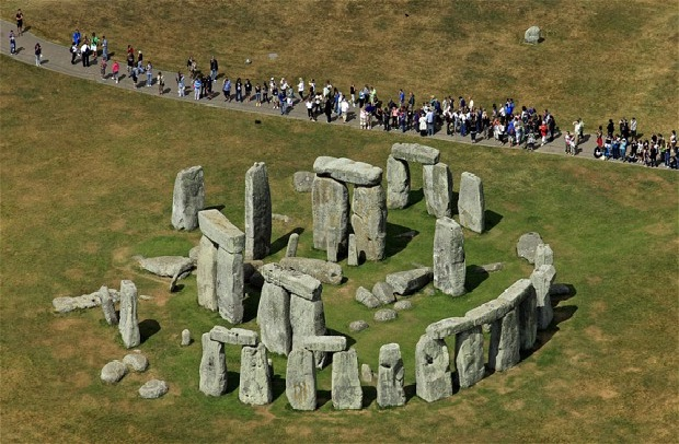 Stonehenge-Most Mysterious Places In The World