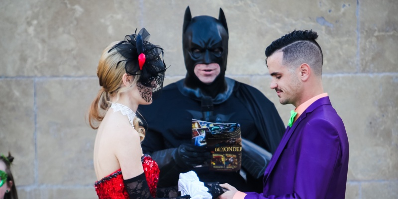 Batman Wedding Theme -15 Most Bizarre Themed Weddings Ever