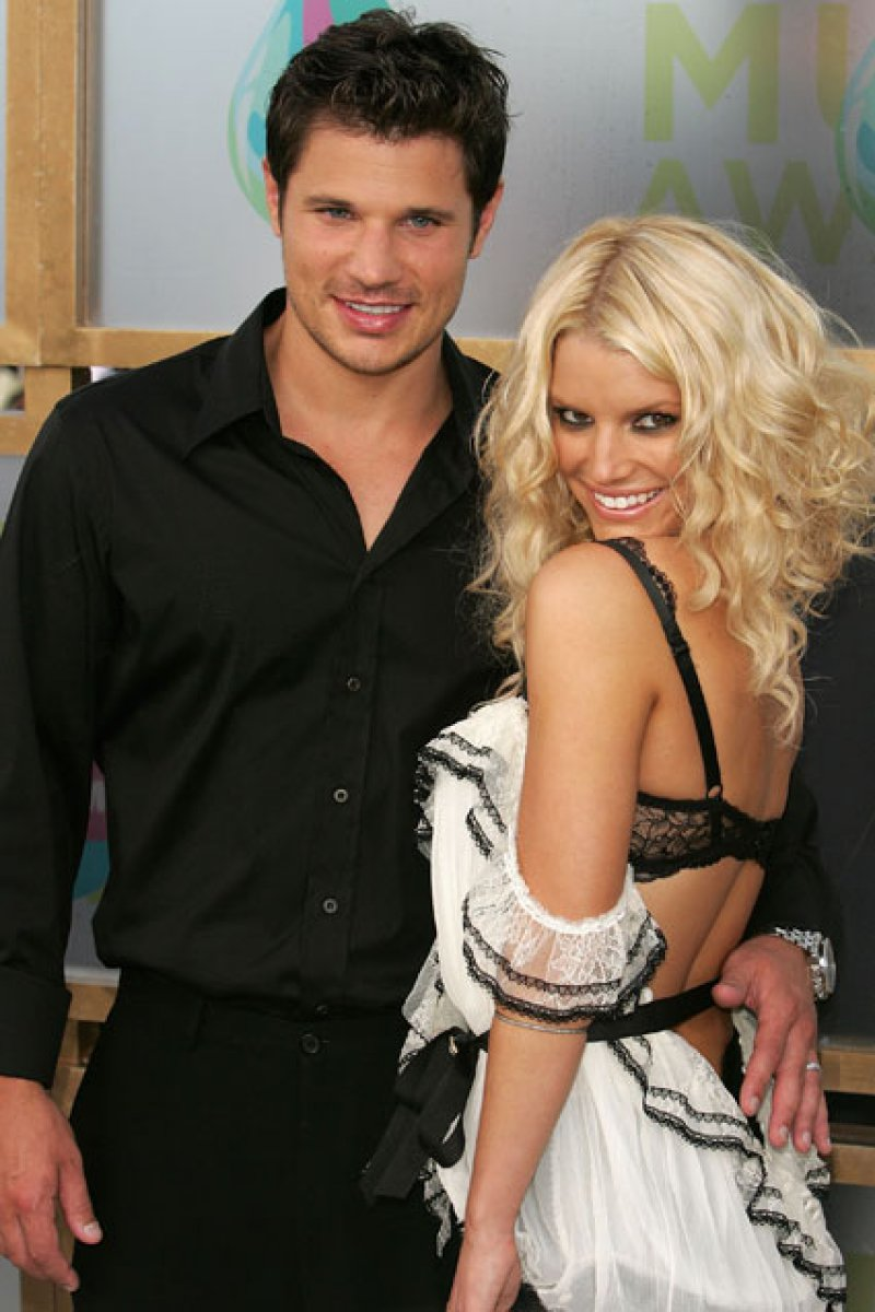Jessica Simpson Cheated On Nick Lachey With Adam Levine-15 Celebrities Who Cheated On Their Partners