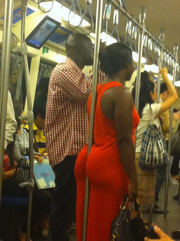 That's not how you hold on-WTF Subway Fails
