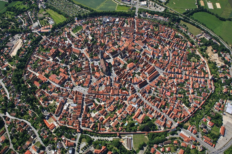 Nordlingen-How Our World Appears To A Bird