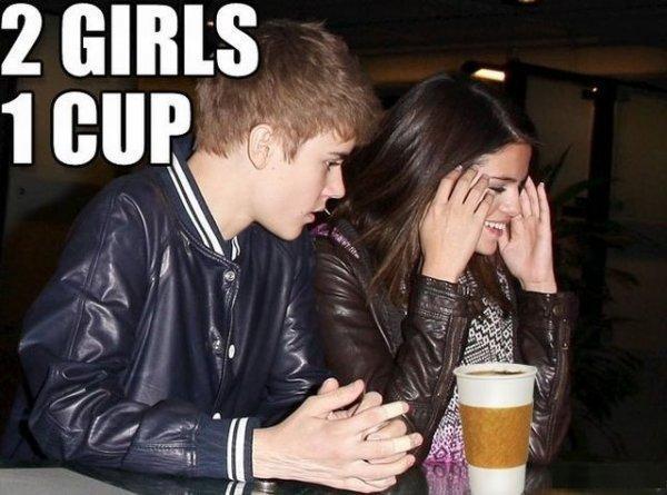 Do not look it up-12 Best Selena Gomez Memes Ever