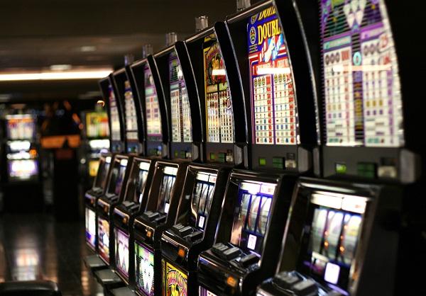 Slot machines-Insane Fact About Gambling