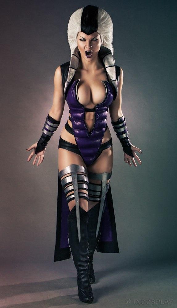 Sindel-Best Mortal Kombat Cosplays