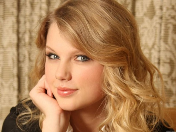 Taylor Swift-Celebrities With Highest Fan Following