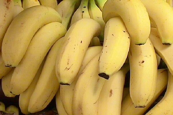 Bananas-Foods That Cause Headache