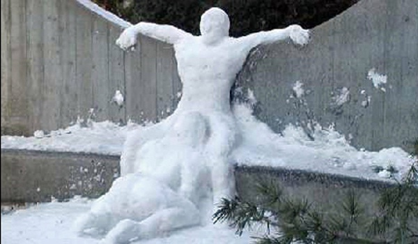 What the????-Craziest Snowmen Ever